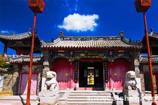 辽宁盖州财神庙